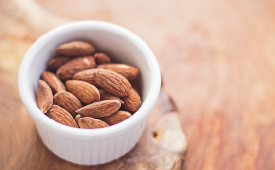 nutritional treatment with almonds